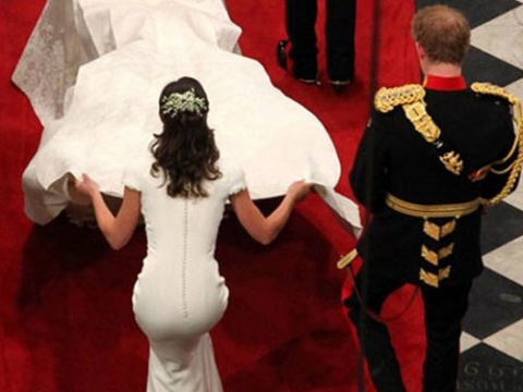 Pippa Middleton attempts twerking at sister's wedding